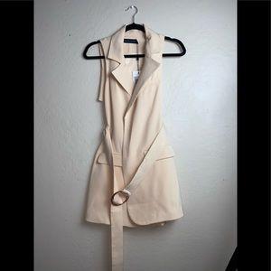 Lavish Alice woman's belted vest